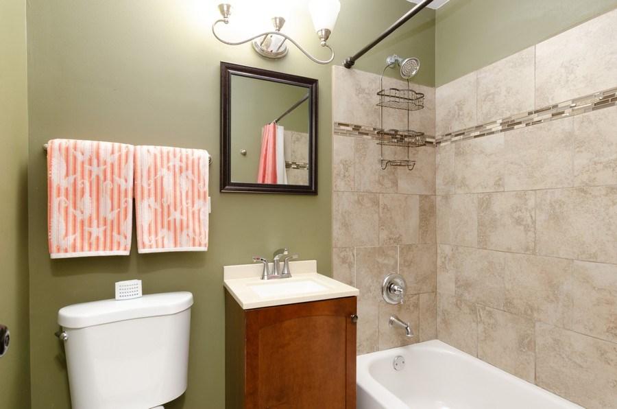 Real Estate Photography - 105 WOODCREST Circle, Streamwood, IL, 60107 - Bathroom