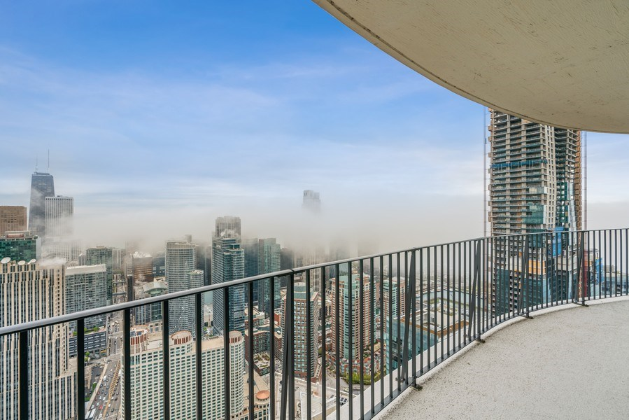Real Estate Photography - 225 N Columbus Dr, 6504, Chicago, IL, 60601 - Balcony