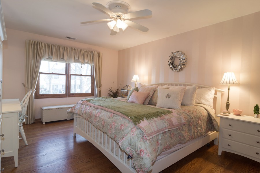 Real Estate Photography - 465 Thistle Lane, Lake Zurich, IL, 60047 - Master Bedroom