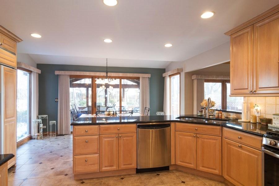 Real Estate Photography - 465 Thistle Lane, Lake Zurich, IL, 60047 - Kitchen