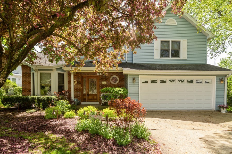 Real Estate Photography - 465 Thistle Lane, Lake Zurich, IL, 60047 - Front View