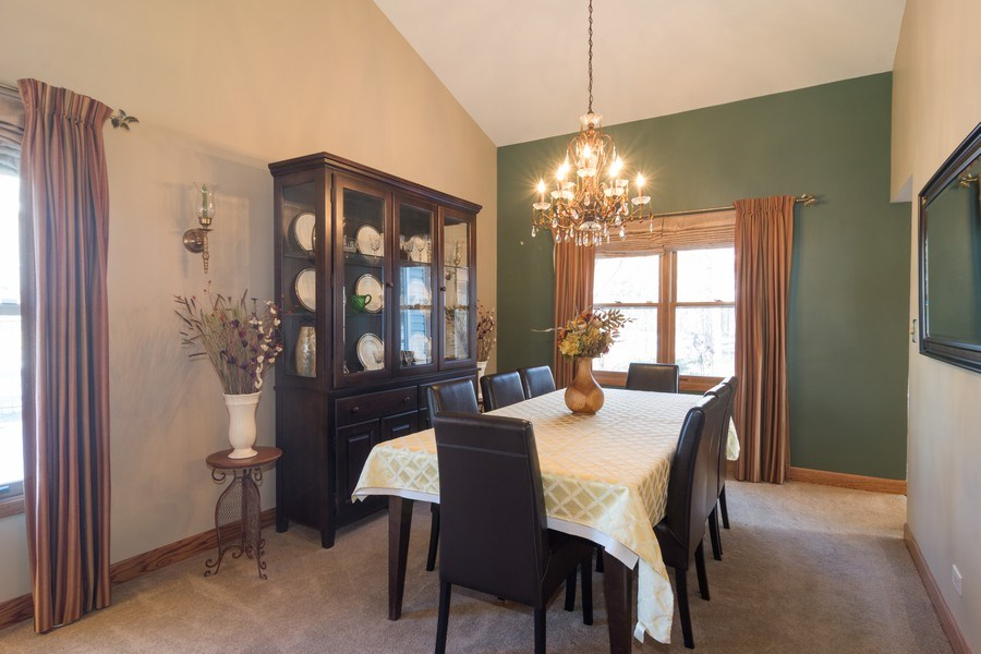 Real Estate Photography - 465 Thistle Lane, Lake Zurich, IL, 60047 - Dining Area