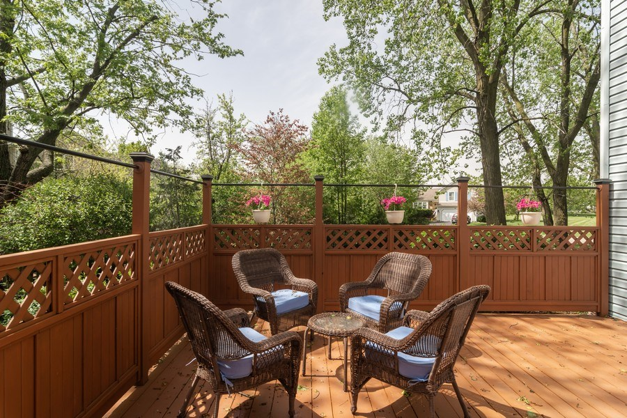 Real Estate Photography - 465 Thistle Lane, Lake Zurich, IL, 60047 - Deck