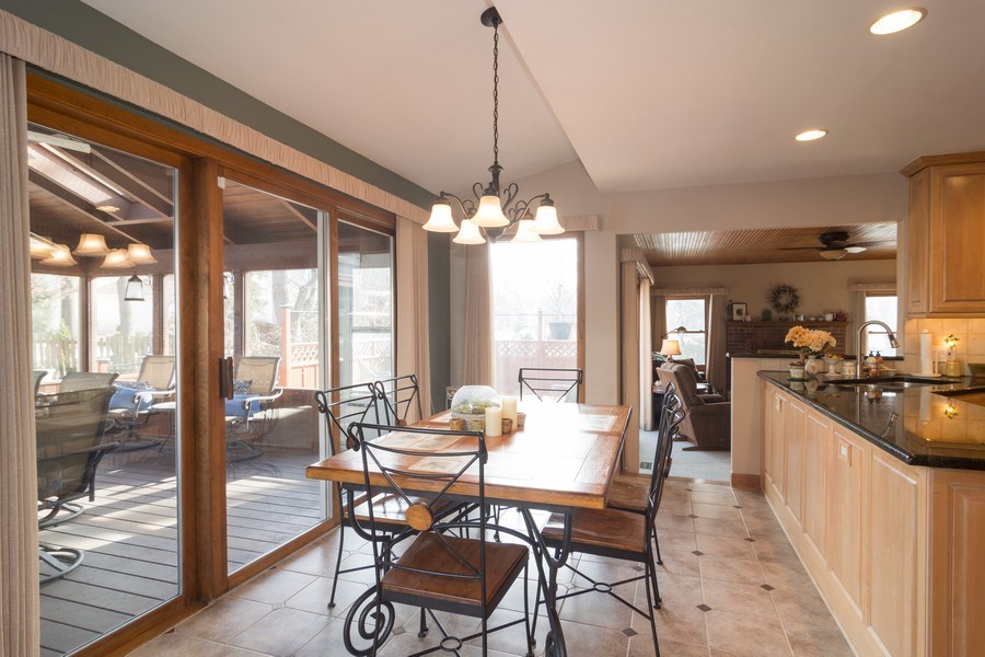 Real Estate Photography - 465 Thistle Lane, Lake Zurich, IL, 60047 - Breakfast Nook