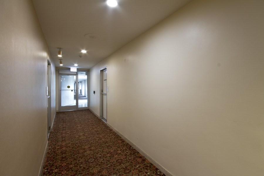 Real Estate Photography - 4250 N Marine, 229B, Chicago, IL, 60613 - Hallway
