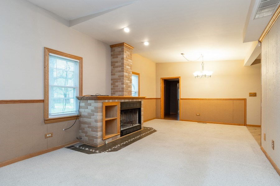 Real Estate Photography - 32W526 Forest Drive, Aurora, IL, 60502 - Living Room/Dining Room