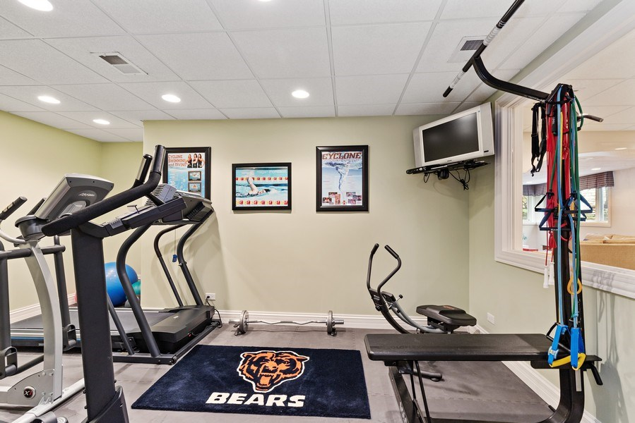 Real Estate Photography - 29040 N. Spoon Court, Mundelein, IL, 60060 - Exercise Room