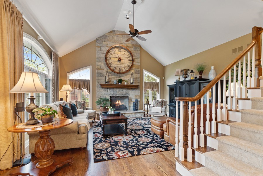 Real Estate Photography - 29040 N. Spoon Court, Mundelein, IL, 60060 - Family Room