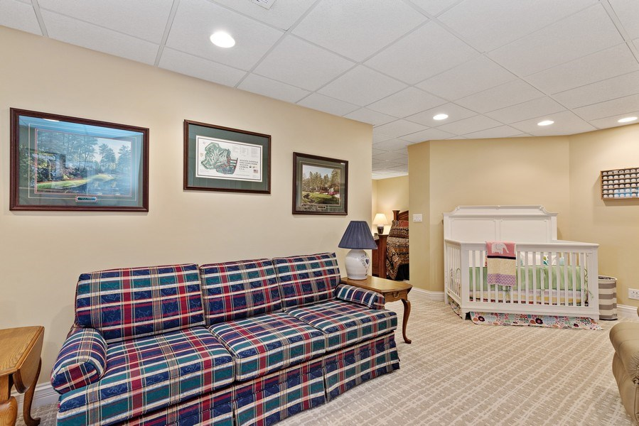 Real Estate Photography - 29040 N. Spoon Court, Mundelein, IL, 60060 - Sitting room for basement bedroom