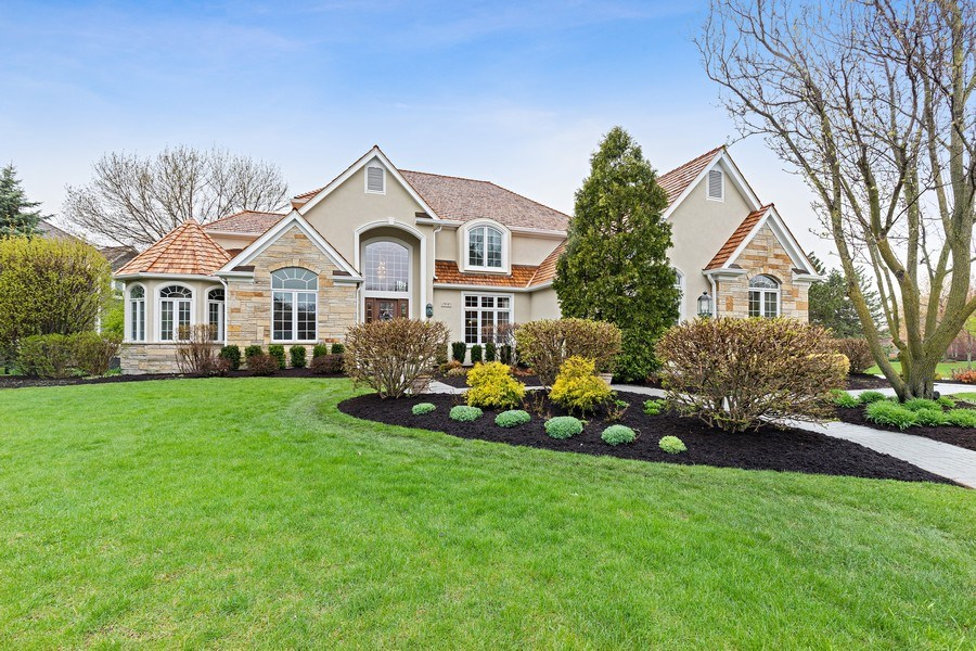 Real Estate Photography - 29040 N. Spoon Court, Mundelein, IL, 60060 - Front View