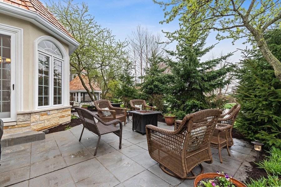 Real Estate Photography - 29040 N. Spoon Court, Mundelein, IL, 60060 - Patio