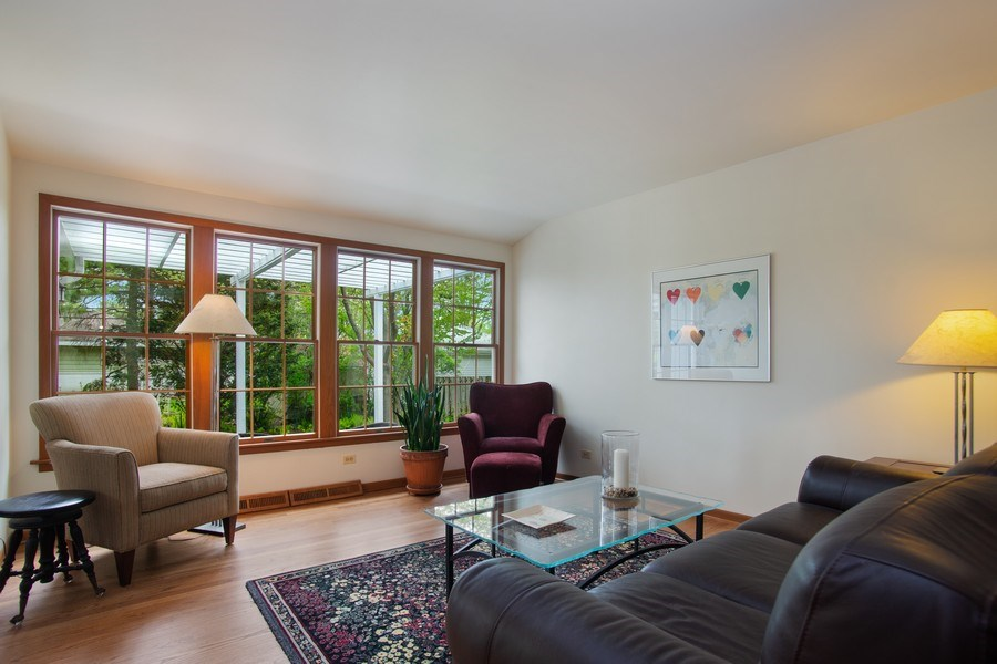 Real Estate Photography - 131 N. Gibbons Avenue, Arlington Heights, IL, 60004 - Living Room