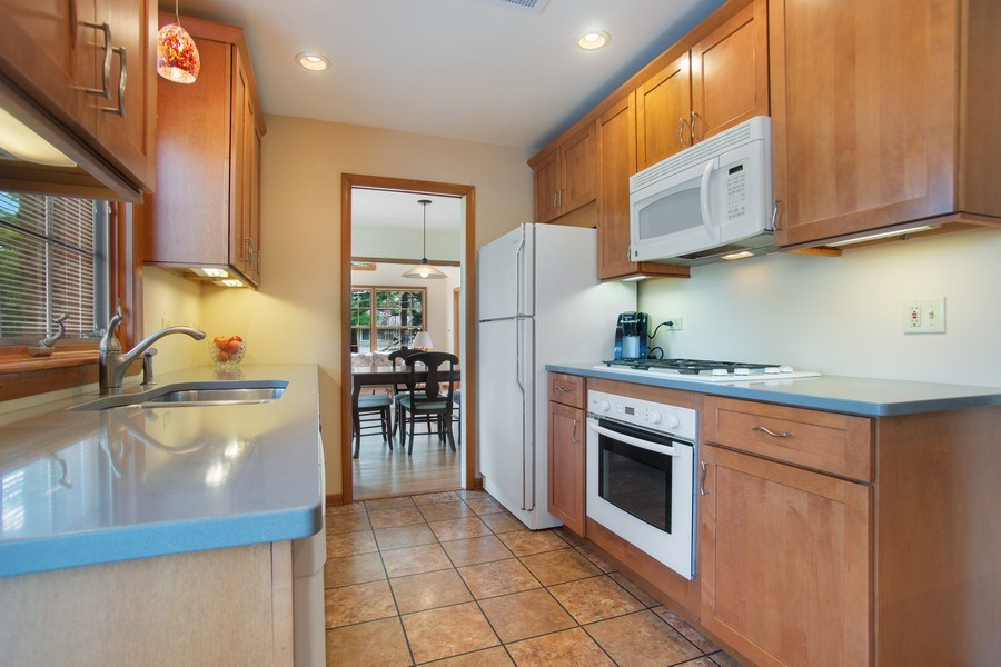Real Estate Photography - 131 N. Gibbons Avenue, Arlington Heights, IL, 60004 - Kitchen
