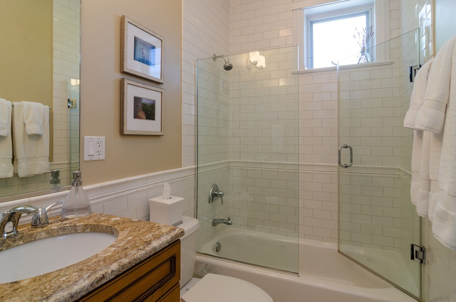 Real Estate Photography - 2620 N. RACINE Avenue, Unit PH, Chicago, IL, 60614 - Bathroom