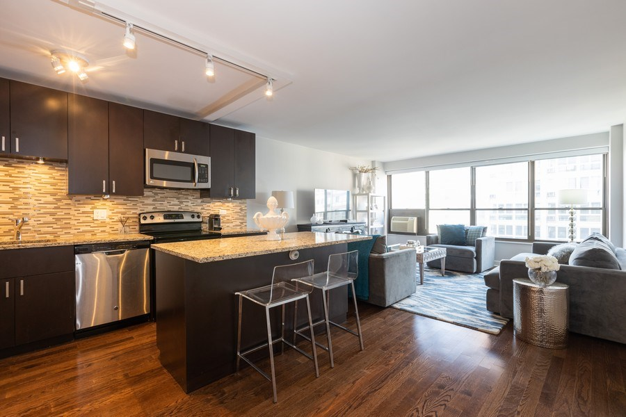 Real Estate Photography - 2930 N. Sheridan Road, Unit 1109, Chicago, IL, 60657 - Kitchen