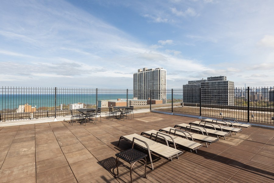 Real Estate Photography - 2930 N. Sheridan Road, Unit 1109, Chicago, IL, 60657 - Roof Deck