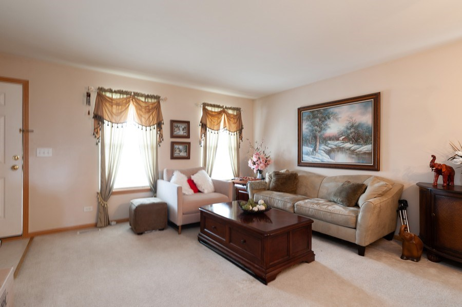 Real Estate Photography - 1200 Jerome Court, Antioch, IL, 60002 - Living Room