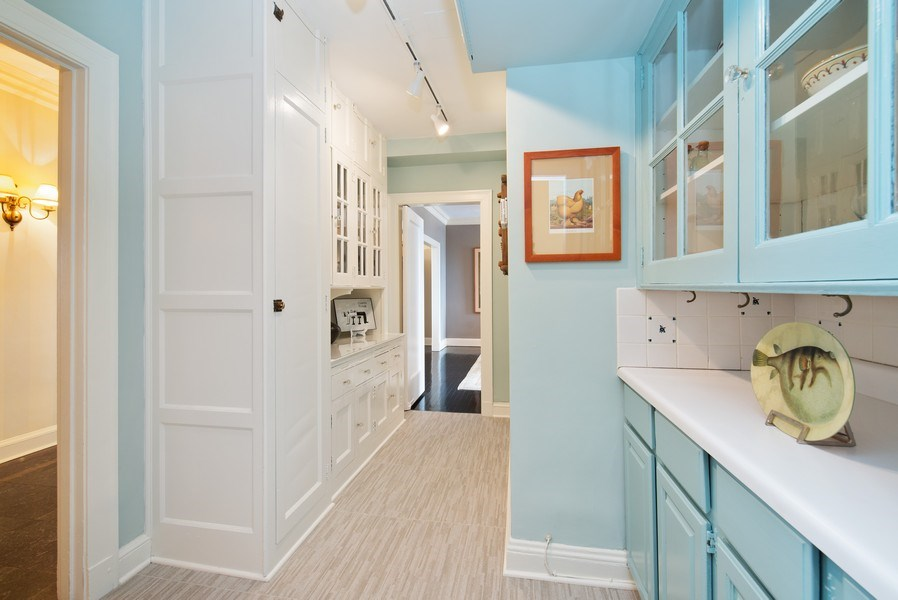 Real Estate Photography - 3530 N. Lake Shore Drive, Unit 11B, Chicago, IL, 60657 - Butler's Pantry