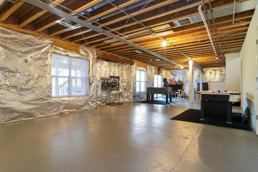 Real Estate Photography - 850 Forest Glen Court, Bartlett, IL, 60103 - Basement