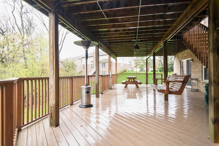 Real Estate Photography - 850 Forest Glen Court, Bartlett, IL, 60103 - Deck