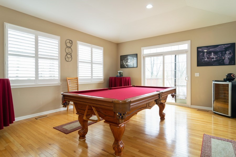 Real Estate Photography - 850 Forest Glen Court, Bartlett, IL, 60103 - Play / Recreational Room