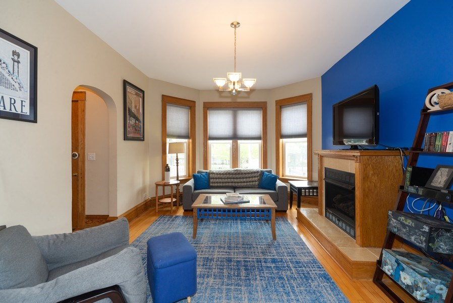 Real Estate Photography - 2416 N. Fairfield Avenue, Unit 2, Chicago, IL, 60647 - Living Room