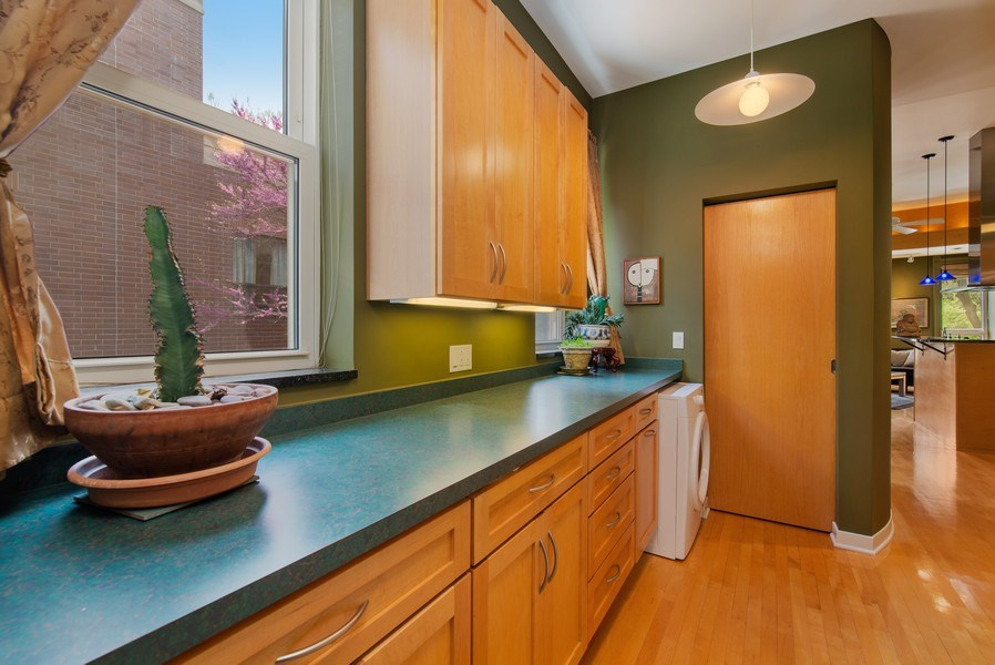 Real Estate Photography - 1037 North Wolcott Ave, Chicago, IL, 60622 - Hallway