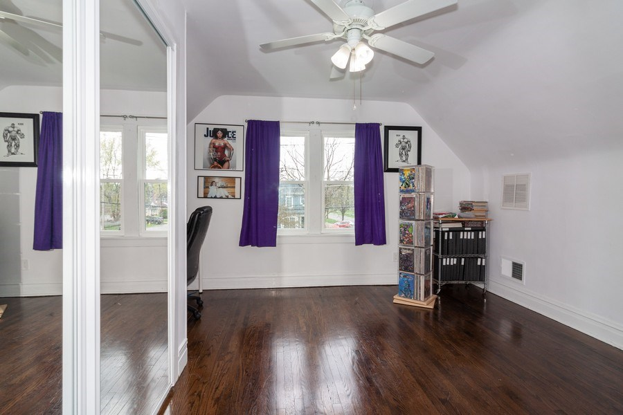 Real Estate Photography - 620 Maple Avenue, Downers Grove, IL, 60515 - Bedroom