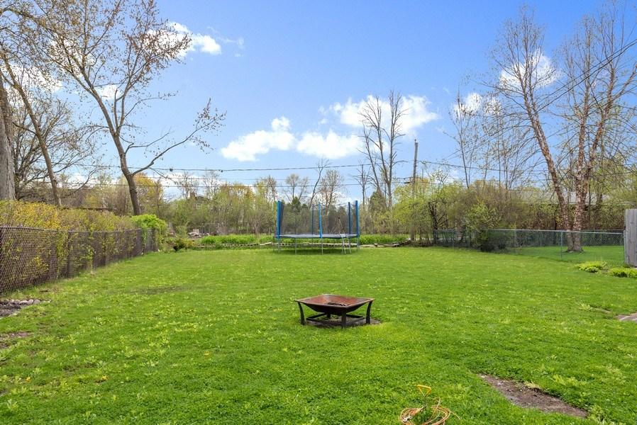 Real Estate Photography - 1754 Richfield Avenue, Highland Park, IL, 60035 - Back Yard