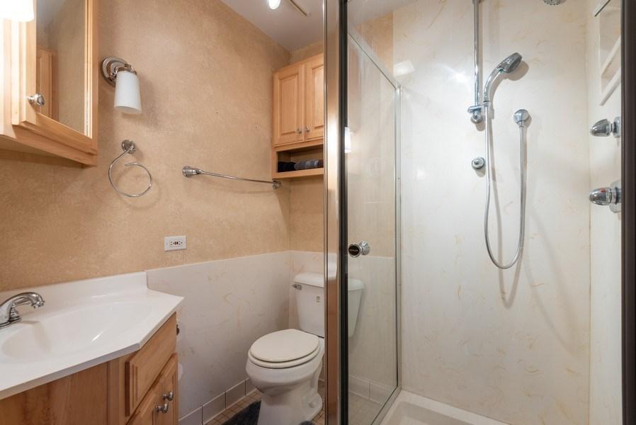 Real Estate Photography - 1754 Richfield Avenue, Highland Park, IL, 60035 - 2nd Bathroom