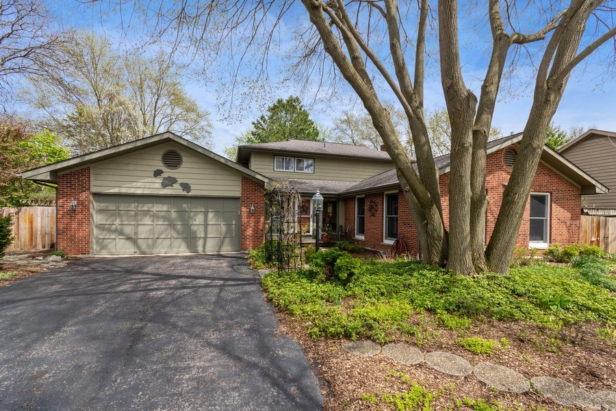 Real Estate Photography - 615 West Lane, Geneva, IL, 60134 - Front View