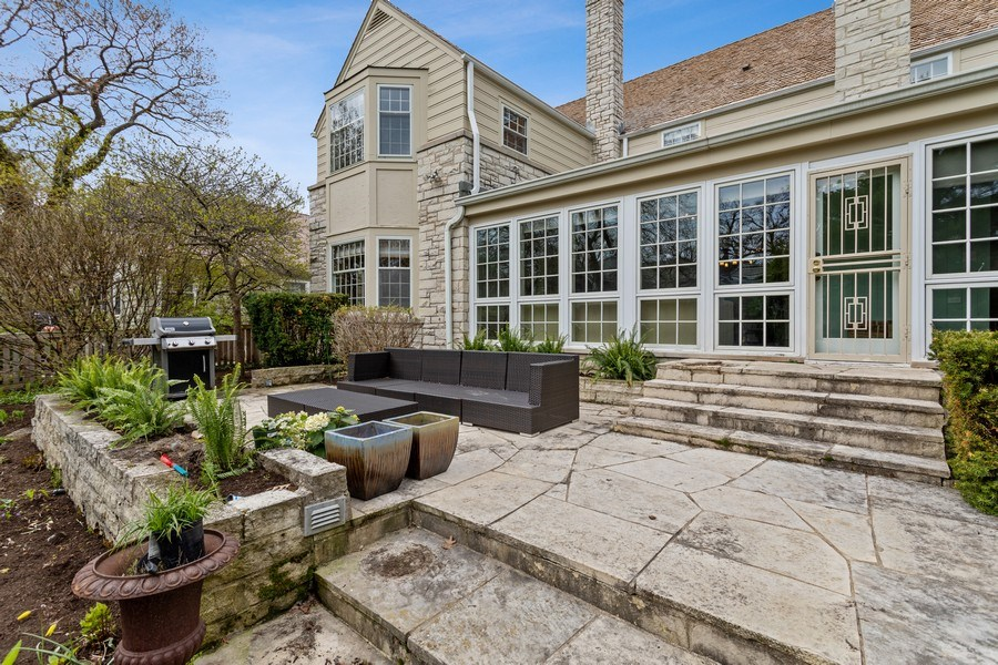 Real Estate Photography - 1727 Hinman Avenue, Evanston, IL, 60201 - Back Stone Terrace