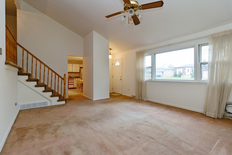Real Estate Photography - 3709 W. 120th Place, Alsip, IL, 60803 - Living Room
