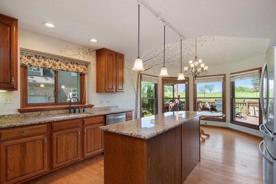 Real Estate Photography - 6308 Snead Court, Woodridge, IL, 60517 - Kitchen / Breakfast Room