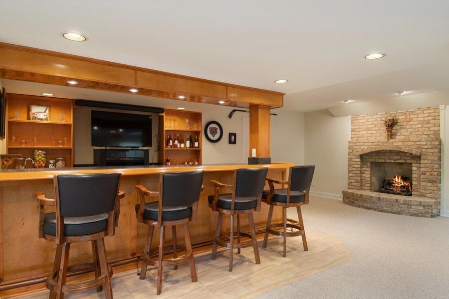 Real Estate Photography - 6308 Snead Court, Woodridge, IL, 60517 - Bar