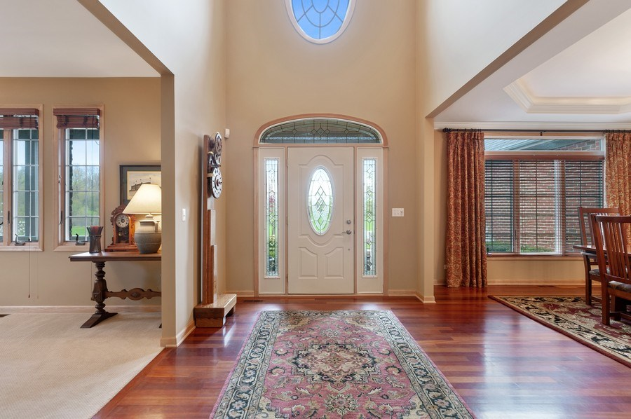 Real Estate Photography - 39716 Orchard Bluff Lane, Wadsworth, IL, 60083 - Foyer