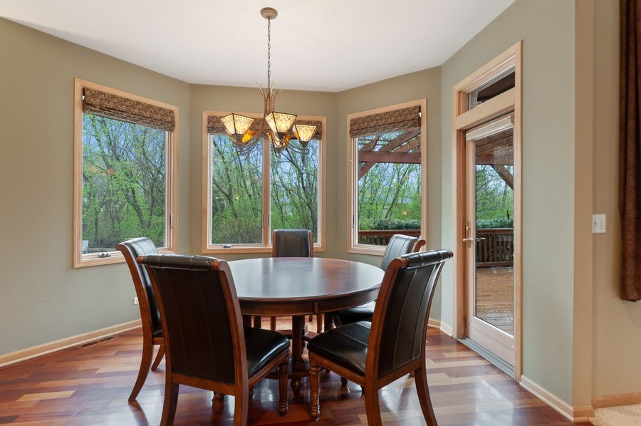 Real Estate Photography - 39716 Orchard Bluff Lane, Wadsworth, IL, 60083 - Breakfast Area