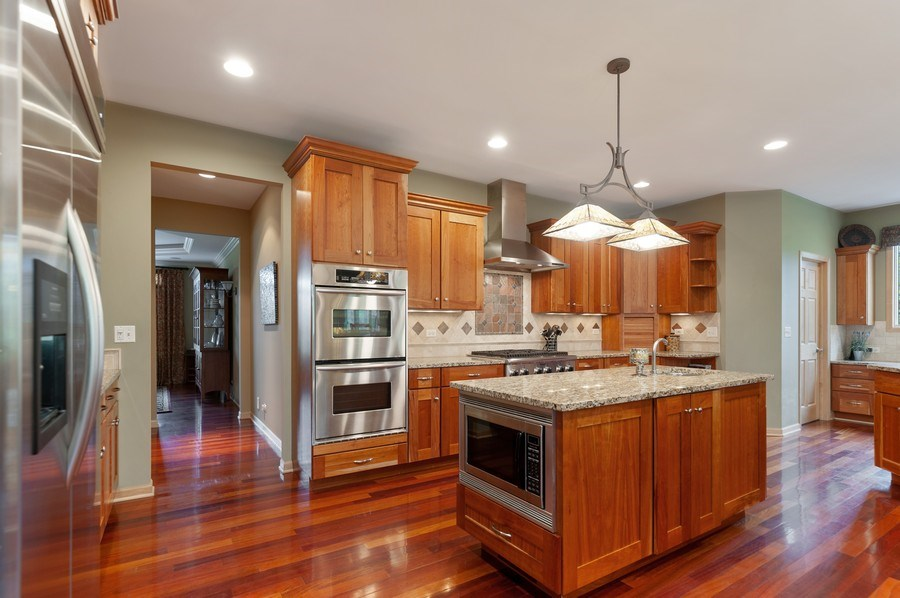 Real Estate Photography - 39716 Orchard Bluff Lane, Wadsworth, IL, 60083 - Kitchen