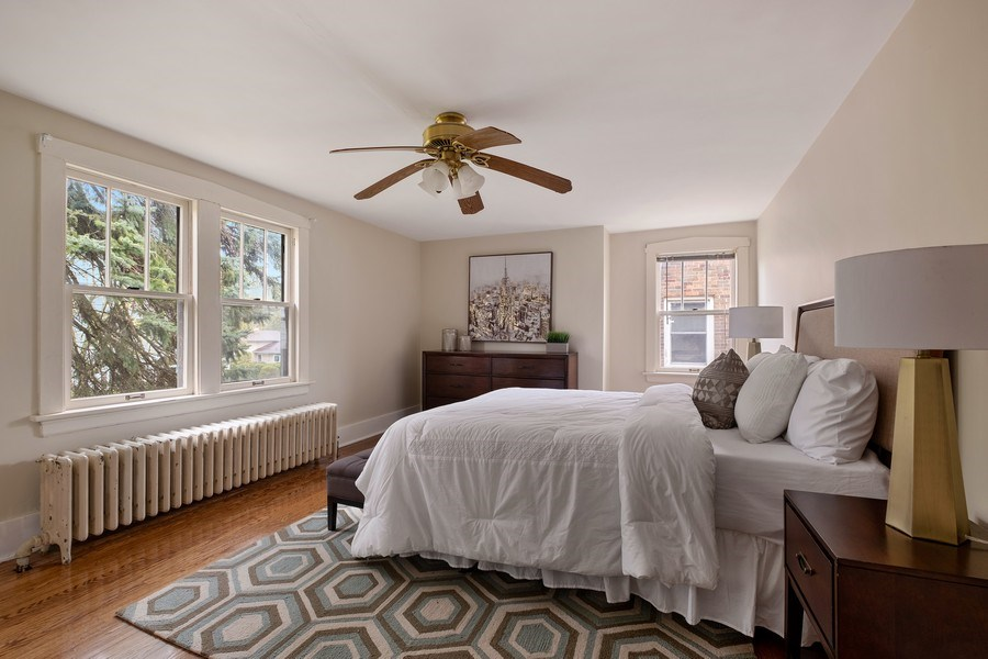 Real Estate Photography - 2447 Birchwood Ln, Wilmette, IL, 60091 - 2nd Bedroom