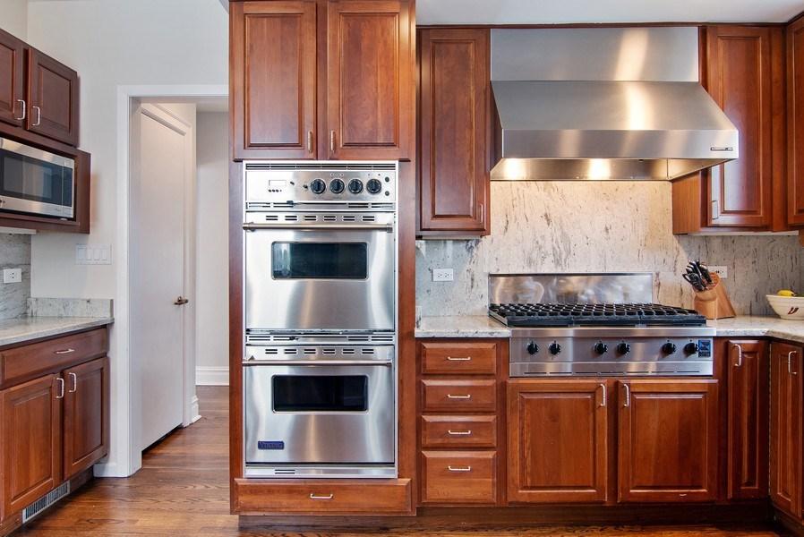 Real Estate Photography - 2757 Ridge Avenue, Evanston, IL, 60201 - Kitchen