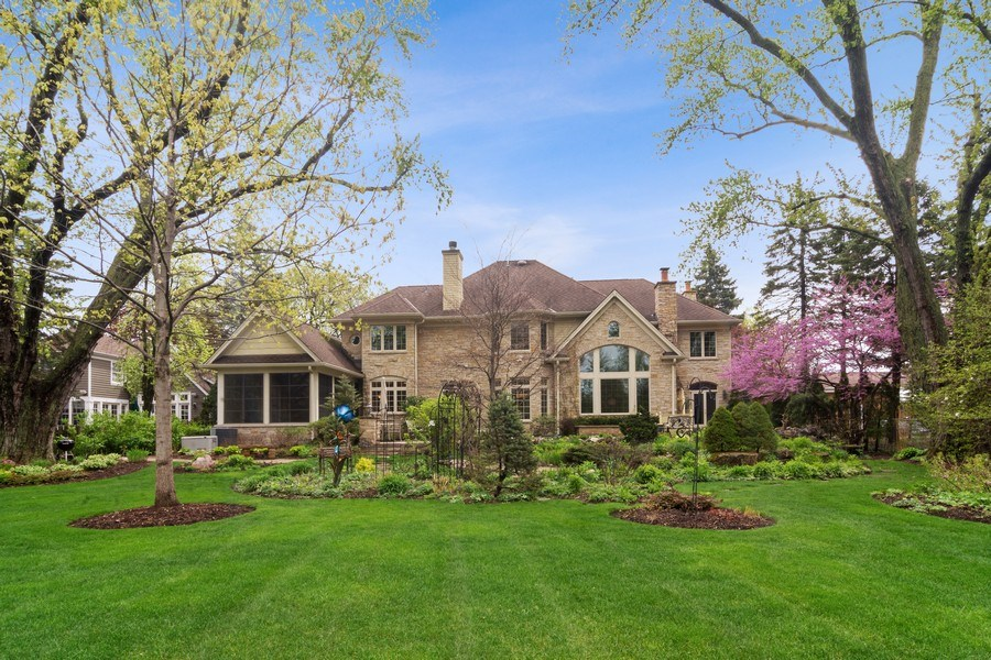 Real Estate Photography - 916 N. Forrest Avenue, Arlington Heights, IL, 60004 - Stunning appeal from every angle