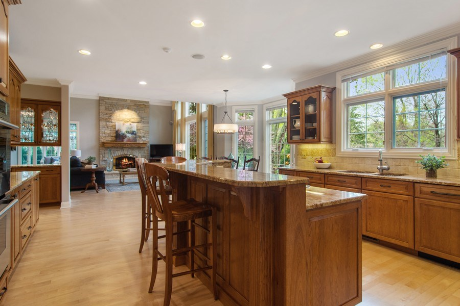 Real Estate Photography - 916 N. Forrest Avenue, Arlington Heights, IL, 60004 - Kitchen island with counter seating