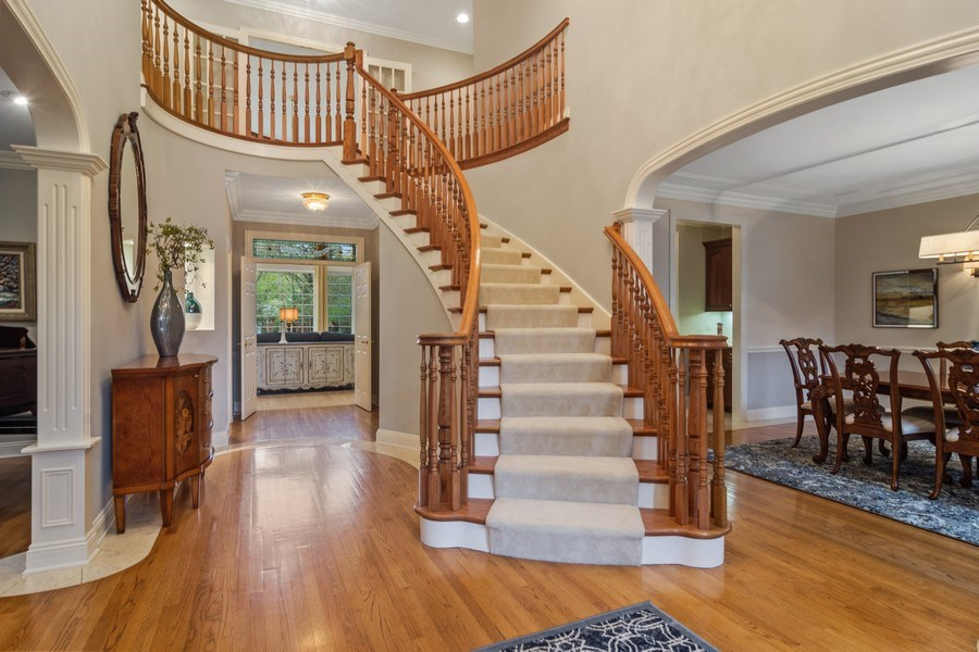 Real Estate Photography - 916 N. Forrest Avenue, Arlington Heights, IL, 60004 - Dramatic 2 Story Foyer featuring curved staircase