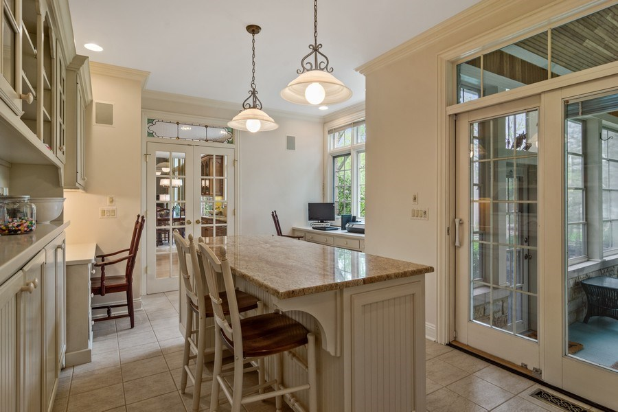 Real Estate Photography - 916 N. Forrest Avenue, Arlington Heights, IL, 60004 - Space for studying/crafts/staging outdoor buffet