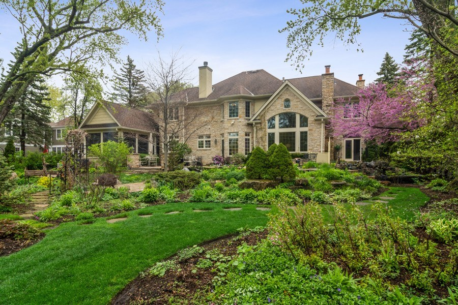 Real Estate Photography - 916 N. Forrest Avenue, Arlington Heights, IL, 60004 - Incredible rear view