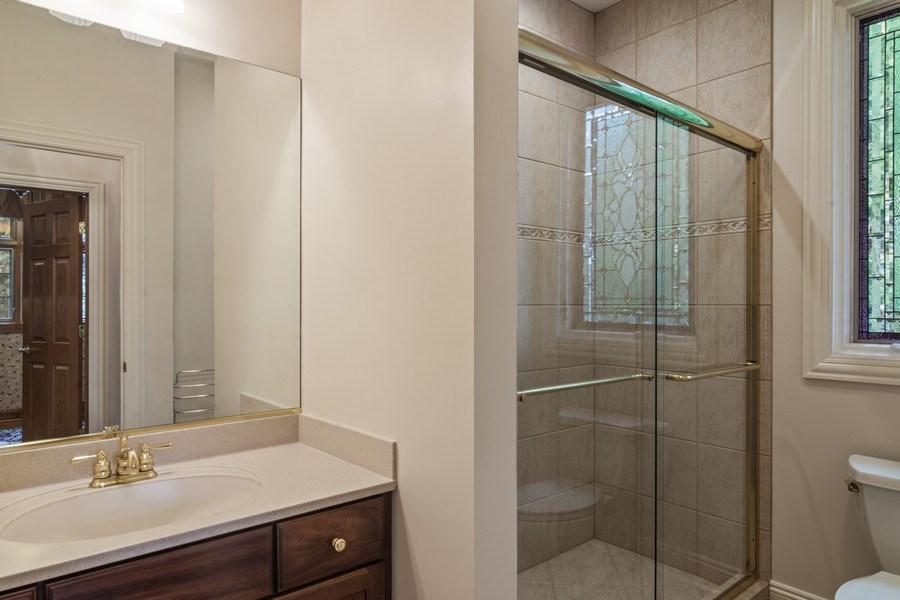 Real Estate Photography - 916 N. Forrest Avenue, Arlington Heights, IL, 60004 - Main Floor full bathroom