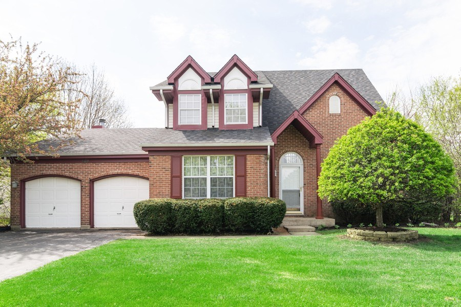 Real Estate Photography - 589 FOSTER Avenue, Bartlett, IL, 60103 - Front View