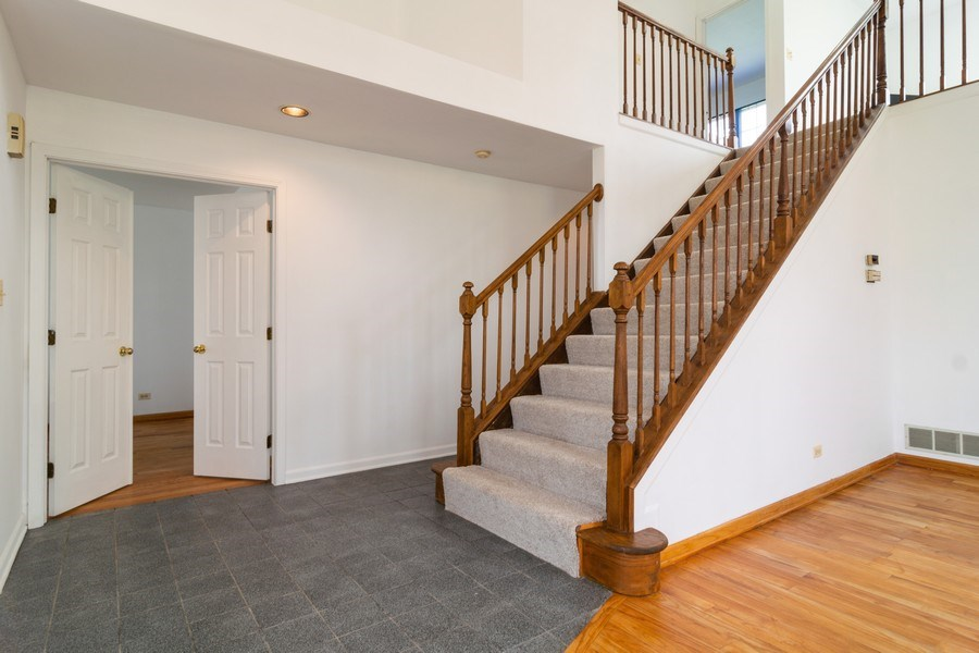 Real Estate Photography - 589 FOSTER Avenue, Bartlett, IL, 60103 - Staircase