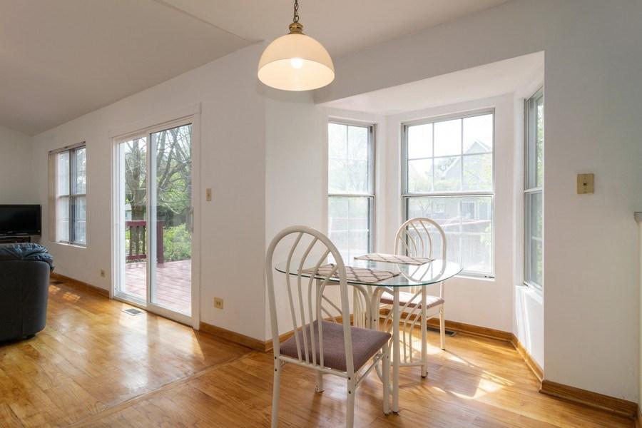 Real Estate Photography - 589 FOSTER Avenue, Bartlett, IL, 60103 - Breakfast Nook