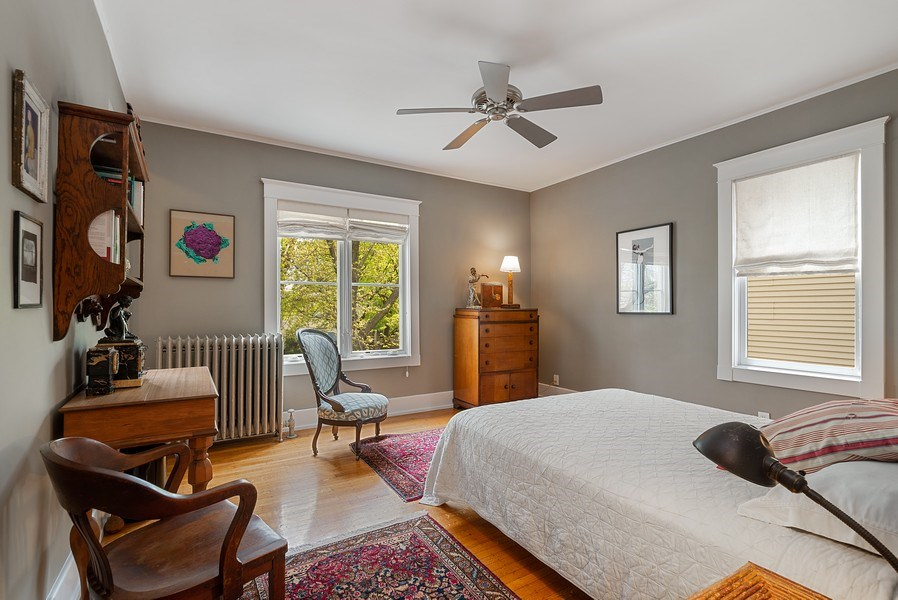 Real Estate Photography - 5310 North Magnolia Ave, Chicago, IL, 60640 - Bedroom
